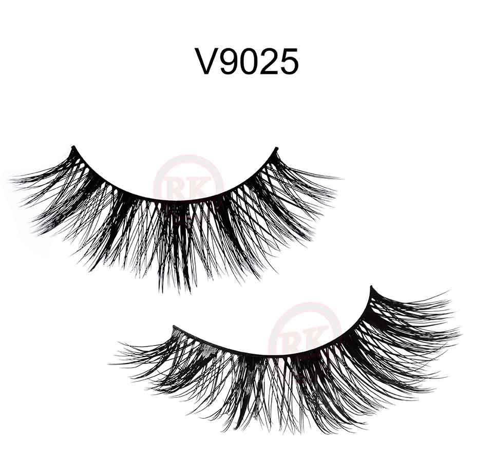 V9025